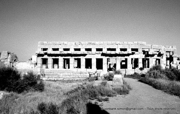[088-1973-41] Karnak - Akh-Menou : Façade Ouest de l'Akh-Menou