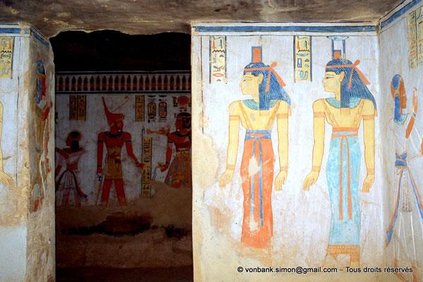 [064-1981-31] QV 44 Khaemouaset : Isis - Nephtys