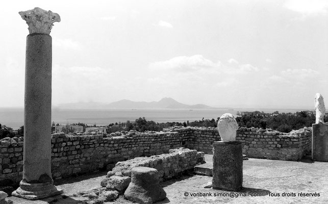 [NB011-1981-04] Carthage (Carthago) : Terrasse de l'Antiquarium
