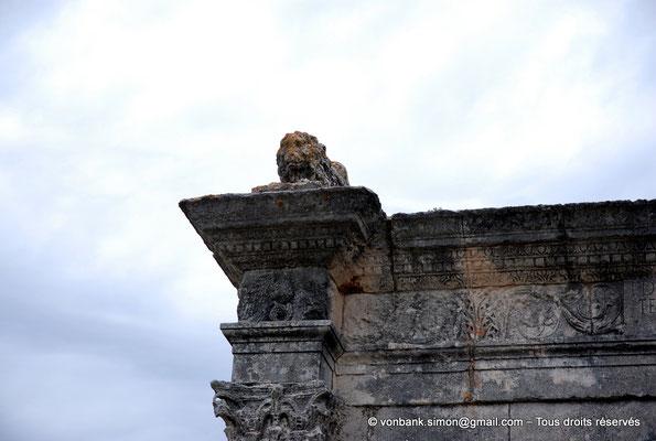 [NU002a-2016-0235] Saint-Chamas - Pont Flavien
