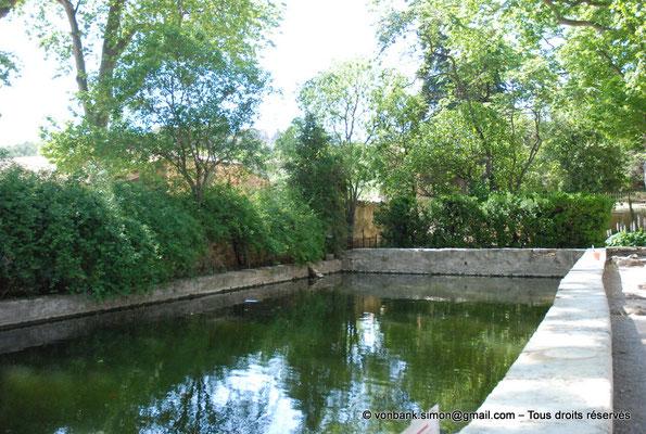 [NU001-2017-599] 34 - Villeveyrac - Valmagne : Grand bassin, ancien vivier des moines, réaménagé au XVIII° siècle