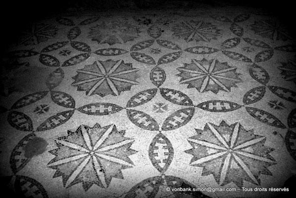 [079-1979-13] Bulla Regia : Mosaïques de la maison de la nouvelle chasse (sous-sol)