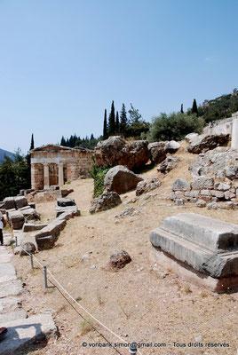 [NU901-2008-0152] GR - Delphes - Sanctuaire d'Apollon : Trésor des Athéniens