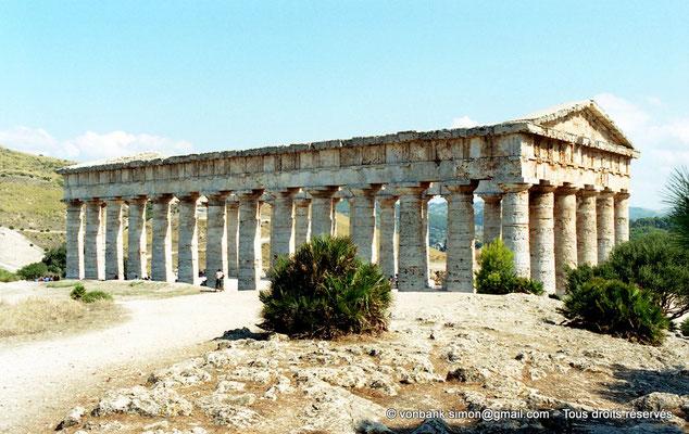 [C005-2005-24] Ségeste : Temple inachevé - Face Nord