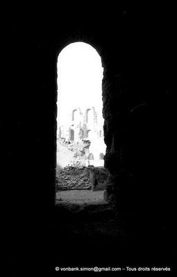 [NB012-1981-13] El Djem (Thysdrus) : Amphithéâtre