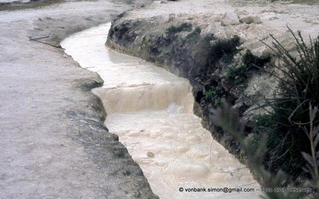 [018-1978-34] Hammam Meskoutine (Aquae Thibilitanae) : Ecoulements des eaux chaudes