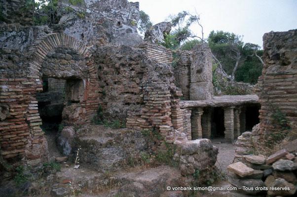 [073-1978-33] Tipasa de Maurétanie : Hypocauste (Thermes)