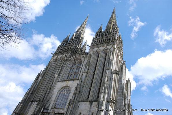 [NU002k-2016-0045] 29 - Quimper - Cathédrale Saint-Corentin : Façade occidentale (partie haute)
