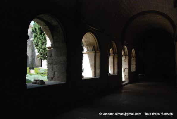 [NU003-2017-062] 13 - La Roque d'Anthéron - Abbaye de Silvacane : Cloître
