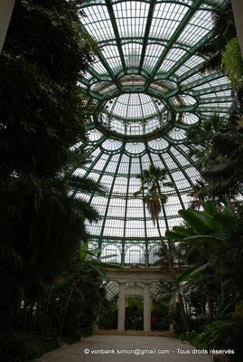 [NU900c-2012-0228] B - Bruxelles - Laeken : Serres royales - Jardin d'hiver - La coupole