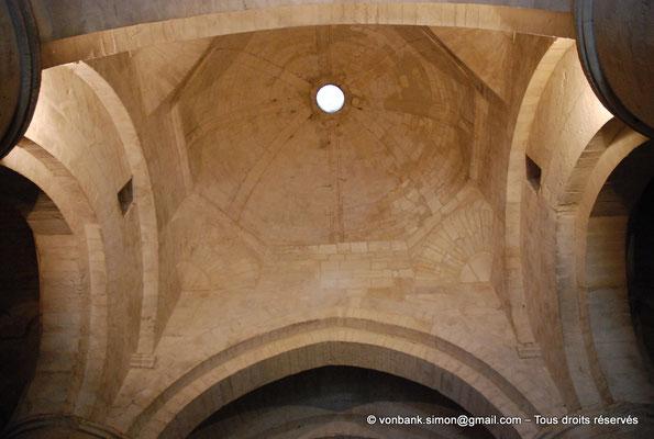 [NU001i-2018-0025] Arles - Les Alyscamps : Eglise Saint-Honorat - Coupole octogonale sur trompes en cul-de-four de la croisée du transept