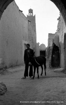 [NB050-1978-09] Temacine-Tamelhat - Rue de la mosquée de Si El Hadj Temacine