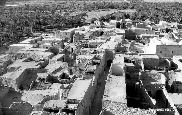 [NB088-1978-21] Temacine-Tamelhat - Village vu depuis le minaret de la mosquée de Si El Hadj Temacine
