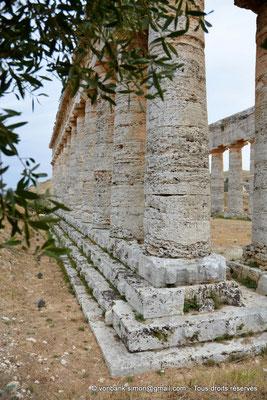 [NU906-2019-1400] Ségeste : Temple inachevé - Faces Ouest et Nord