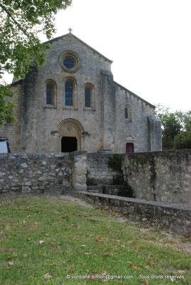 [NU003-2017-038] 13 - La Roque d'Anthéron - Abbaye de Silvacane : Façade Ouest (vue partielle)