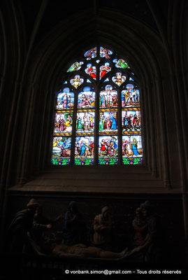 [NU002k-2016-0017] 29 - Quimper - Cathédrale Saint-Corentin : Chapelle de la Passion - Vitrail détaillant la condamnation et la mort de Jésus (XIX°) [34]