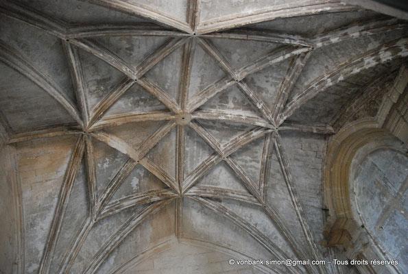 [NU001i-2018-0007] Arles - Les Alyscamps : Chapelle Saint-Accurse - Voûte à liernes et à tiercerons sur croisées d'ogives
