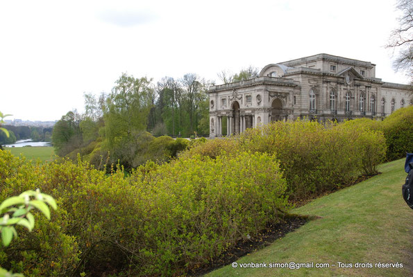 [NU900c-2012-0085] B - Bruxelles - Laeken : Serres royales - Aile gauche du Palais
