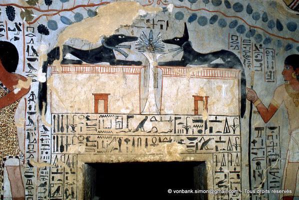 [065-1981-36] TT 96B - Sennefer : Entrée de la chambre funéraire