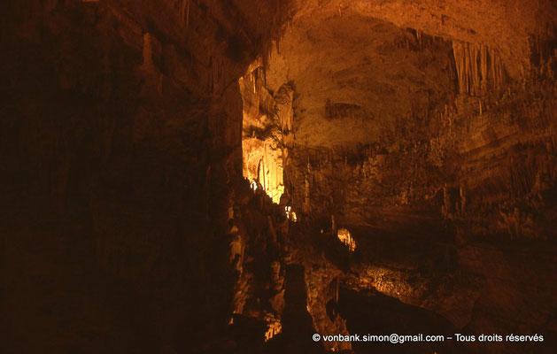 [085-1973-32] Grottes de Jeita