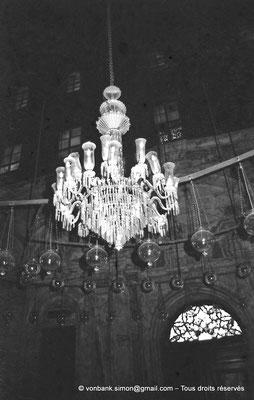 [NB072-1973-26] Le Caire - Mosquée Mohamed Ali Pacha : Lustre de la partie orientale