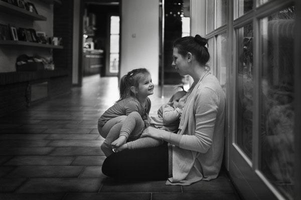 Homestory, Familienreportage, Familienfotografie, echtesleben, begleitendefotografie, fotorika, Fotoshooting, Geschwisterfotos, Familienfotografhamburg, Kinderfotografhamburg