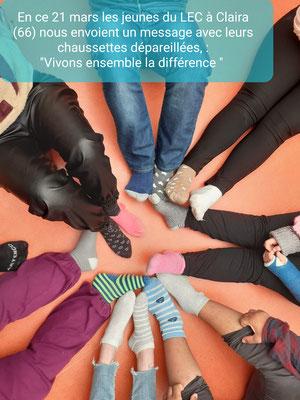 Les chaussettes déparaillées de nos jeunes du LEC de Claira pour la Journée Mondiale de la Trisomie 21