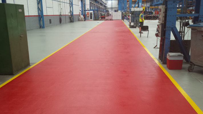 AFT Industriefußboden mit Markierung - Wege