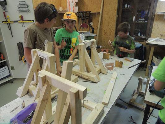 Katapulte bauen