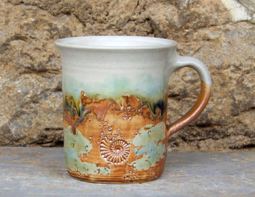 Keramik Tasse zylindrisch Neuseeland, H ca. 10 cm ø oben ca. 9 cm