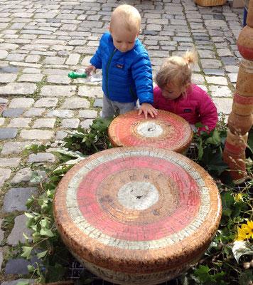 Keramik Brunnen, Halbkugel Quellstein ø ca. 50 cm und 35 cm rot grau natur glasiert