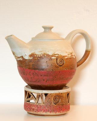 Keramik, Teekanne mit Stövchen Dekor Granatapfel