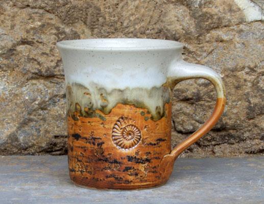 Keramik Tasse zylindrisch Basalt, H ca. 10 cm ø oben ca. 9 cm