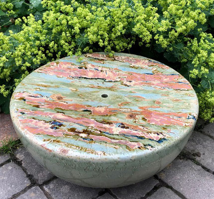 Keramikhalbkugel, Quellstein ca. 50 cm ø Dekor Neuseeland