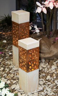 Keramik, Lichtsäulen perlmutt natur ca. 70 cm und 50 cm hoch