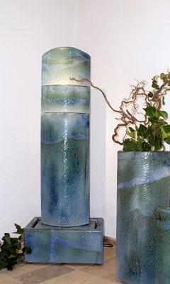 Keramik Brunnen, Brunnensäule oval perlmutt blau