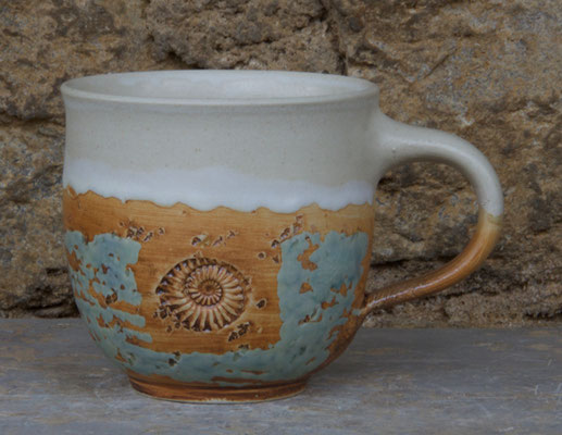 Keramik Tassen ca. h 9 cm ø 9 cm, Dekor Camargue