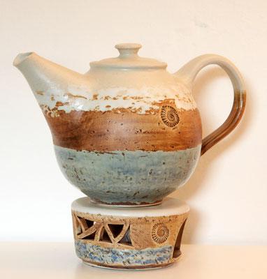 Keramik, Teekanne mit Stövchen Dekor Camargue