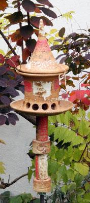 Keramik frostfest, Futterhausstele klein Dekor Granatapfel,mit 4 Keramikelementen, Edelstahlmanschette  , Futterhaus ø Futterteller ca. 17 cm, Höhe ca. 26 cm