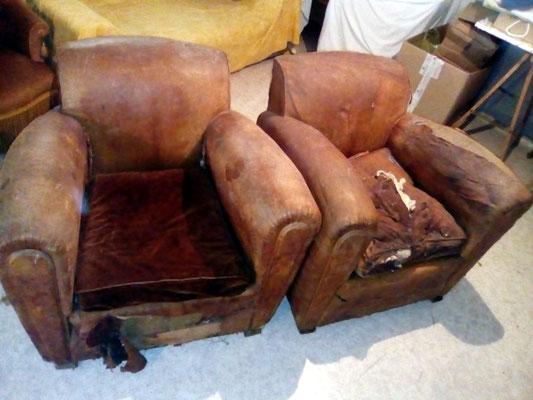 Deux fauteuils CLUB à refaire entièrement