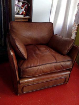 mrylinegrac- tapissier d'ameublement-Fauteuil en cuir rénové