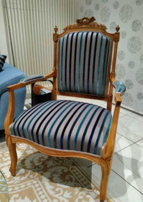 mrylinegrac- tapissier d'ameublement-Fauteuil entièrement rénové