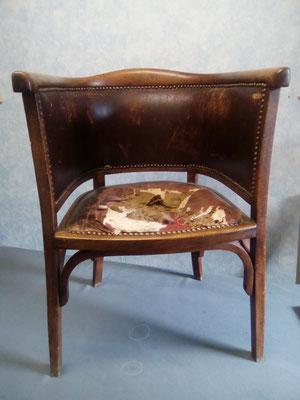mrylinegrac- tapissier d'ameublement-Fauteuil Louis-Philippe à rénover