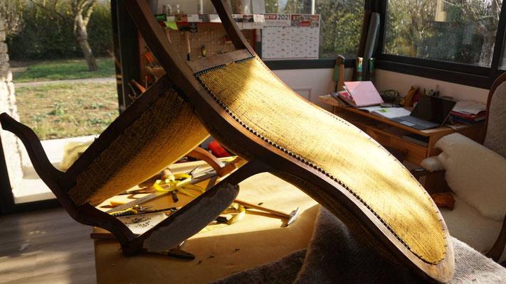 marylinegrac-tapissierd'ameublement-fauteuil Voltaire- cloutage