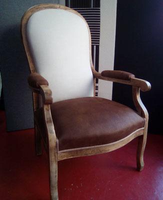 mrylinegrac- tapissier d'ameublement-Fauteuil Voltaire rénové entièrement. Assise et dossier en mousse