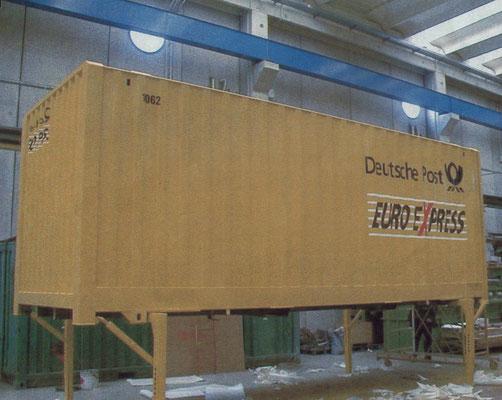 """TORINO - Riverniciatura completa di 650 containers scarrabili 20"""" della DEUTSCHE POST"""