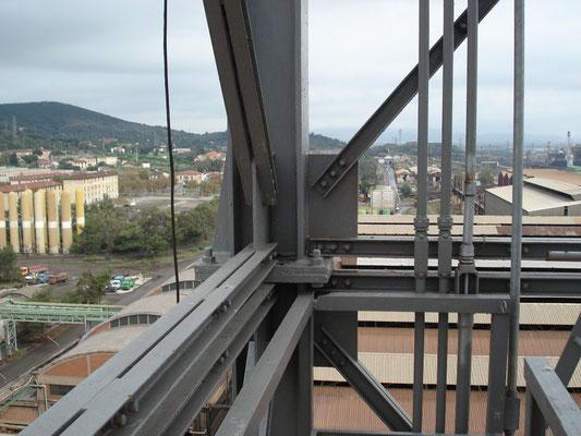 PIOMBINO - Camino scarico fumi laminatoio & strutture di sostegno