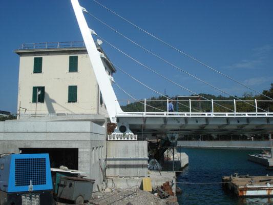 LA SPEZIA - Ponte mobile