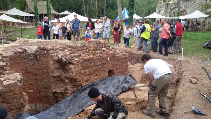 Visite du chantier de fouilles tous les jours en août (sauf dimanches)