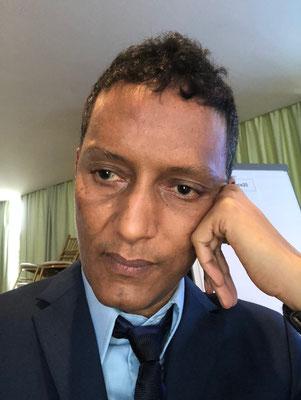 """Abdel Nasser Ould Ethmane - Mitgründer der NGO """"SOS Slaves"""" - früher ein Sklavenhalter, setzt sich heute für die Abschaffung  von Sklaverei ein (Foto: Ethmane)"""